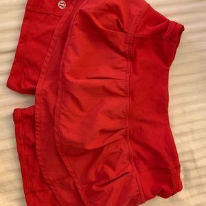 Lululemon Run: Speed Squad Skirt (currant)